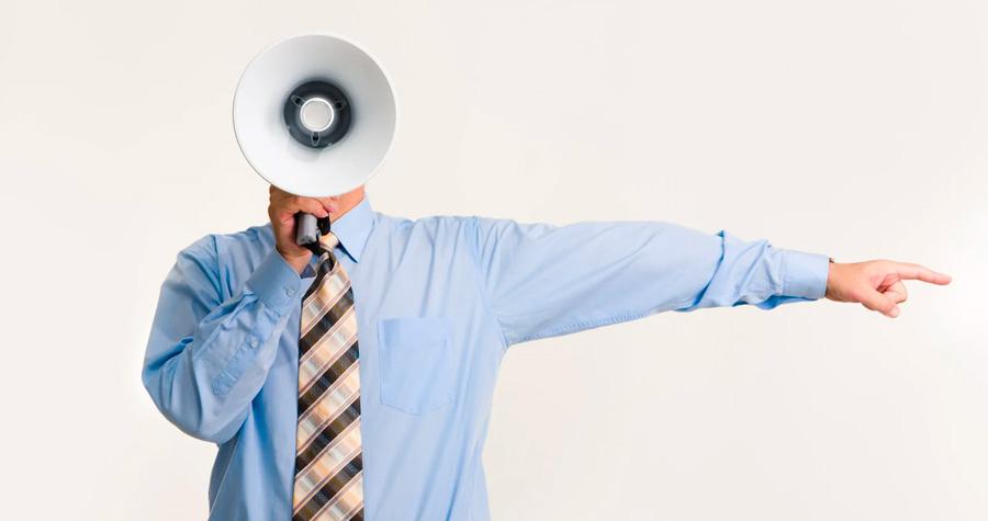 tete-homme-megaphone